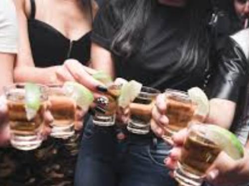 Giovani e uso di 'sostanze': quali le cause? Qual è il ruolo dei genitori?