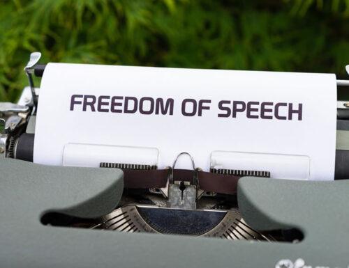 Libertà d'espressione: in America è uno dei pilastri della Costituzione, sacrosanto e inviolabile