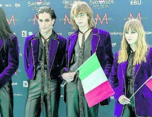 La musica si riaccende con l'Eurovision Song Contest. A rappresentare l'Italia i Måneskine la loro 'Zitti e Buoni'
