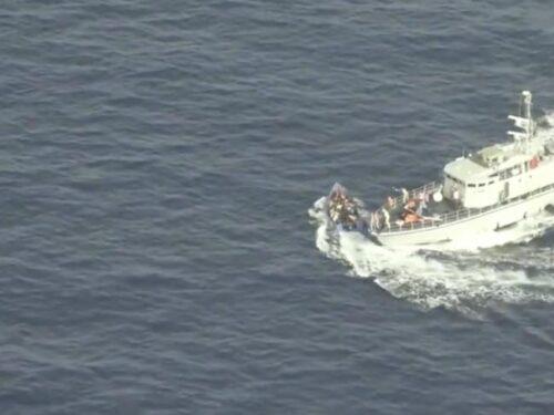 Guardia costiera libica spara sui migranti, il video di Sea-watch